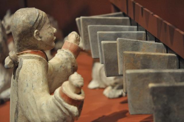 Chinese art, Chinese statue